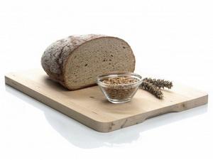 Народные способы увеличения груди – хлеб