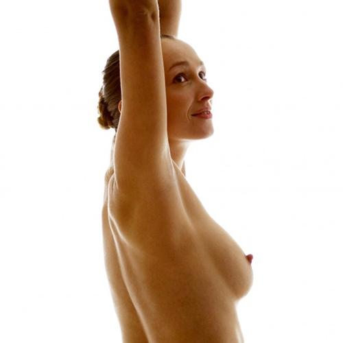 Восстановить грудь после родов поможет травяной елей ОНА2