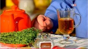 Тимьяновый чай нужно заваривать в фарфоровом чайнике